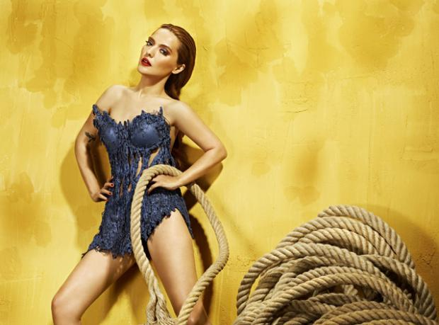 Angelina Jolie Kim ki!