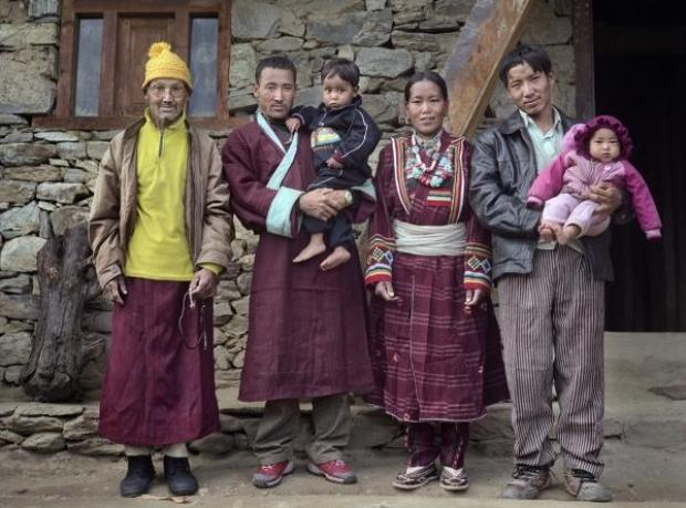 Bu Köyde Kadınlar 7 Kocalı