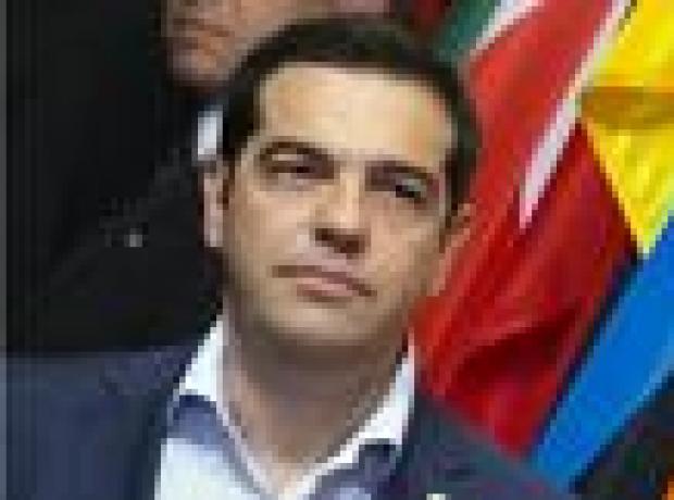 Tsipras'tan istifa tehdidi