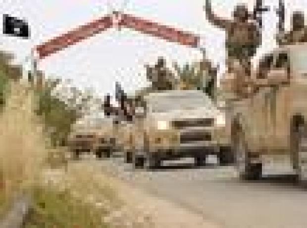 IŞİD ile YPG arasında Ayn İssa'da şiddetli çatışmalar