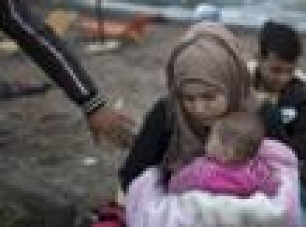 Mülteci istemeyen Hollandalılar bakana saldırdı
