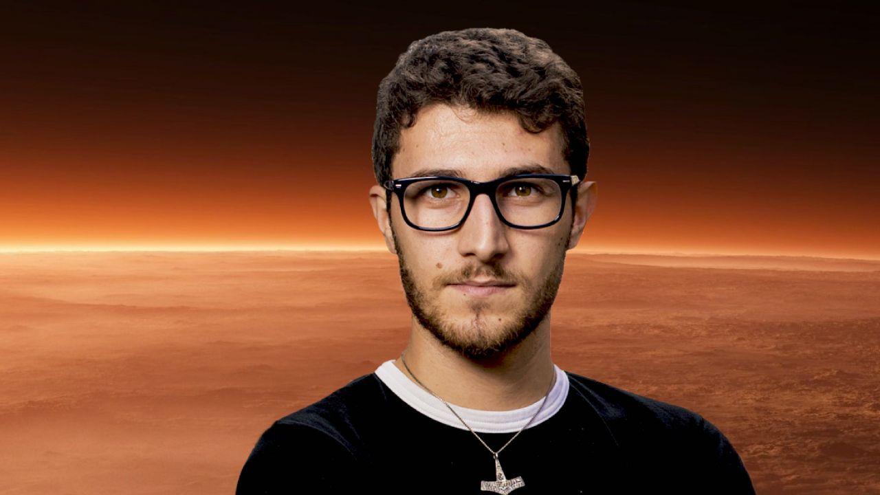 Aşkı İçin Mars'tan Vazgeçti!