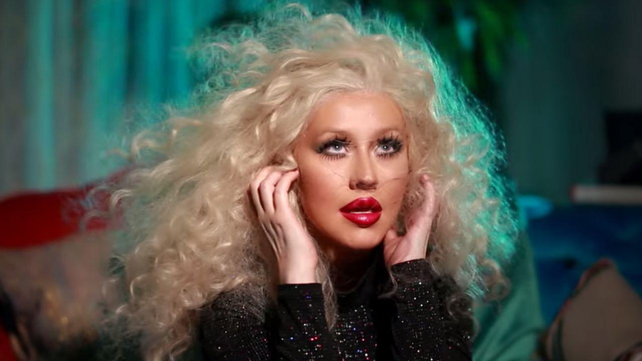 Christina Aguilera İle Telepathy'e Hazır mısınız?